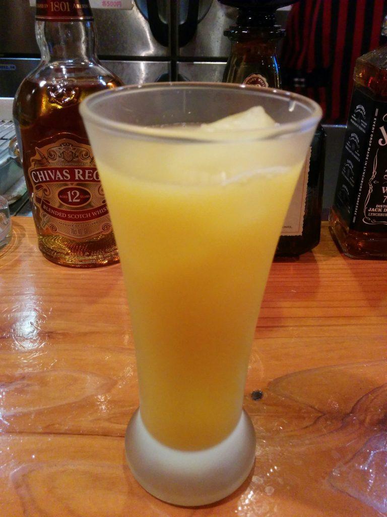 山口のオリジナル柑橘「ゆずきち」を使った酎ハイカクテル・ゆずきちドリンク。みすずでは日本酒と割ってました。